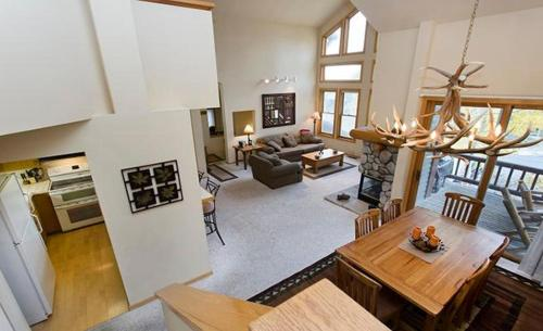 Links Townhome 866 Photo
