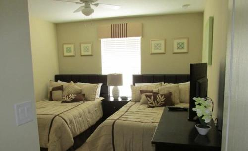 Candy Palm Townhome 8875 Photo