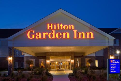 Hilton Garden Inn Milwaukee Park Place Milwaukee Wi United States Overview
