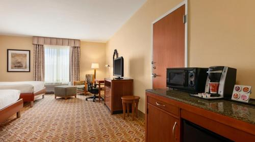 Hilton Garden Inn Solomons Photo
