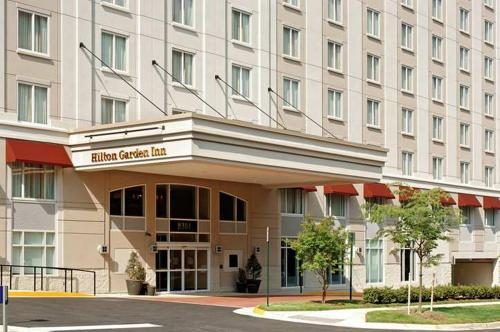 Hilton Garden Inn Tysons Corner Photo