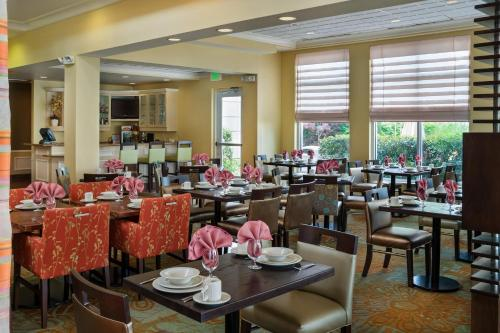 Hilton Garden Inn Newport News Photo