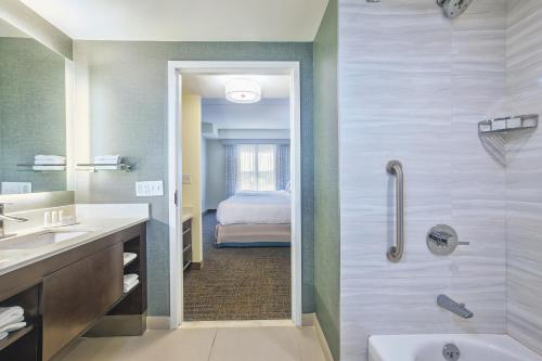 Residence Inn Rochester Henrietta Photo