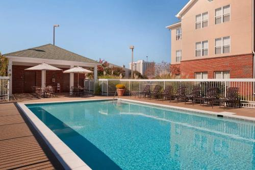 Homewood Suites Baton Rouge Photo