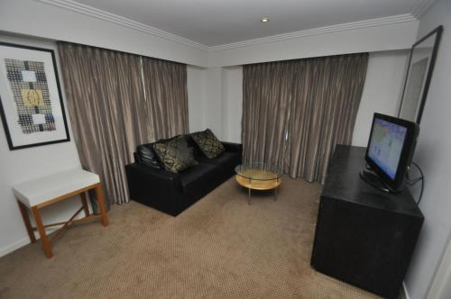Sydney CBD Self-Contained One-Bedroom Apartment (625HG)