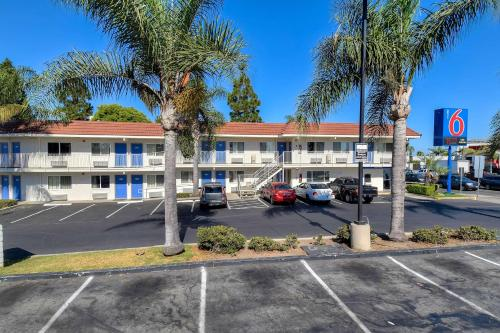 Motel 6 Los Angeles - Long Beach Photo