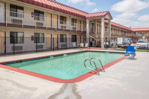 Motel 6 Dallas - Mesquite Photo