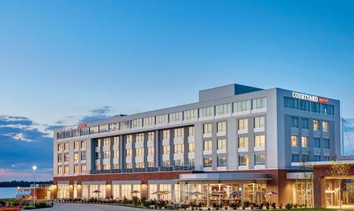 Hotel Courtyard by Marriott Erie Bayfront