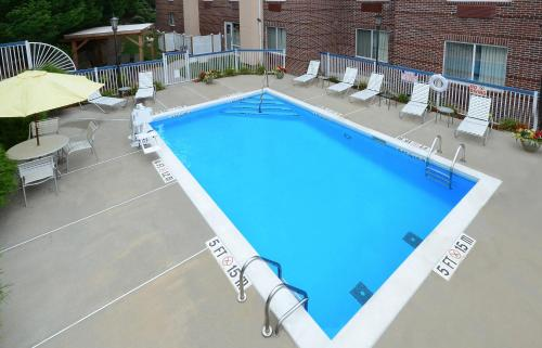 Fairfield Inn Greensboro Airport Photo