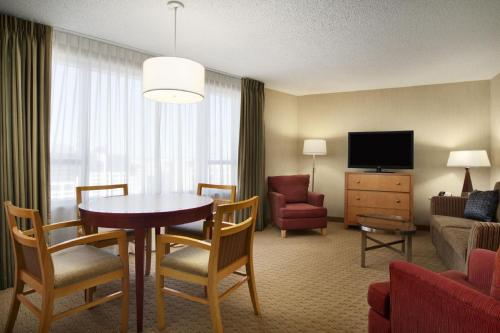 Embassy Suites Washington D.C. - Convention Center photo 16