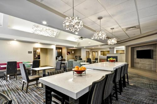 Residence Inn by Marriott Jacksonville Airport Photo