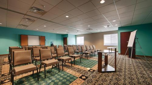 Best Western Sonora Inn & Suites Photo