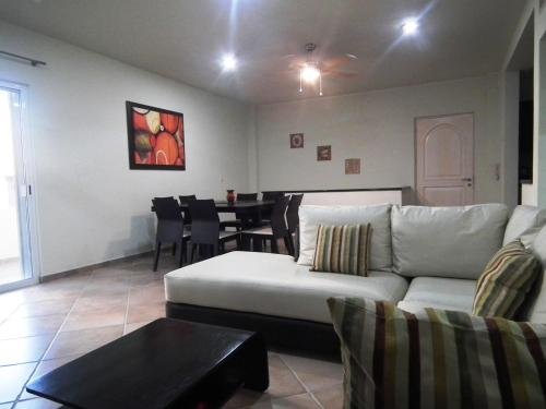 Playa Inn 6 by Caribe Rent Photo