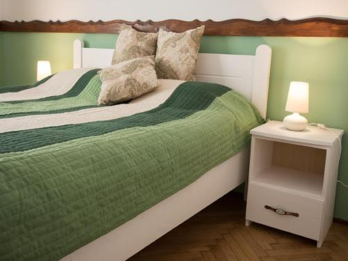 Hotel Luxury Central Apartment In Sibiu 1