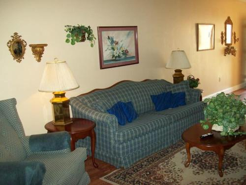 Gatlinburg Chateau Apartment #409 Photo
