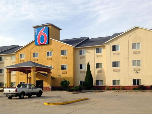 Motel 6 Indianapolis - Southport Photo