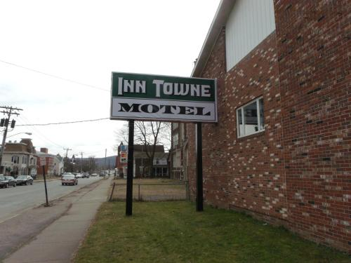 Inn Towne Motel Photo