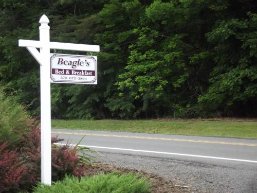 Beagle's Bed & Breakfast Photo