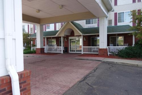 Country Inn & Suites By Carlson, Youngstown West, OH Photo