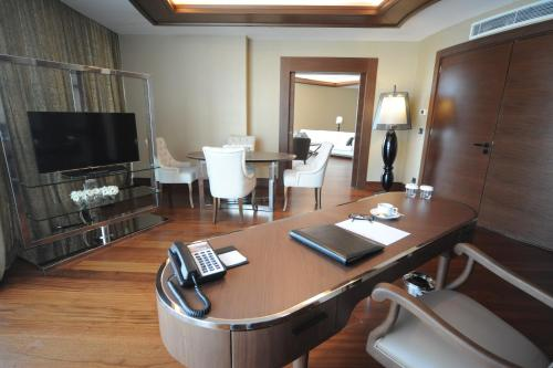 Pullman Istanbul Airport Hotel & Convention Center photo 42