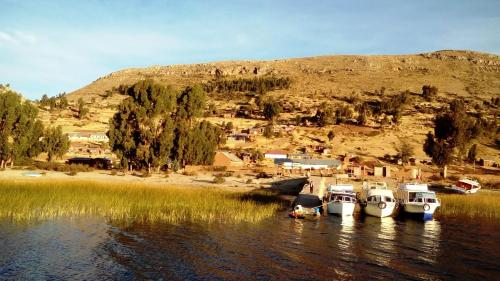 Casa Titicaca Luquina Photo