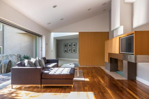 onefinestay - East Hollywood Hills private homes - Los Angeles, CA 90068