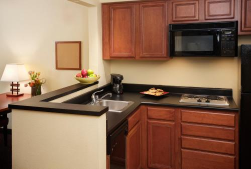Larkspur Landing Bellevue - An All-Suite Hotel Photo