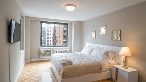 NY Away - Central Park UWS 2-Bedroom - 14D Photo