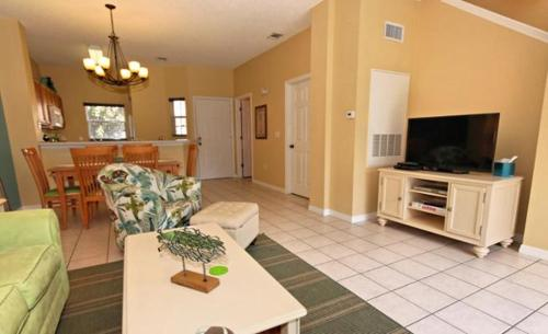 Crystal Townhome 8511 Photo
