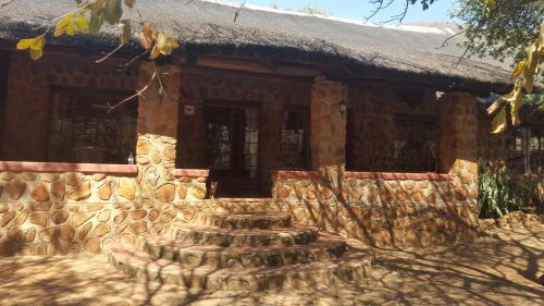 Mbidi Lodge Photo