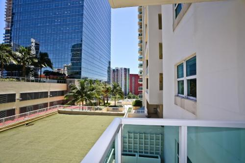 Brickell Apartments at One Broadway Photo