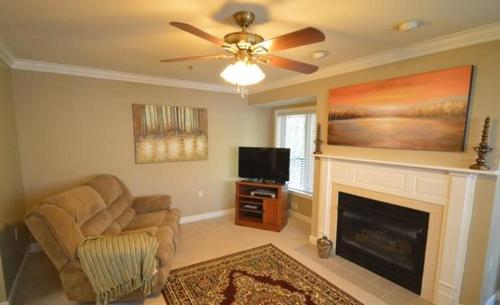 River Place Condo 527-22 Photo
