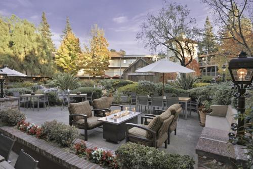 Embassy Suites Napa Valley Photo