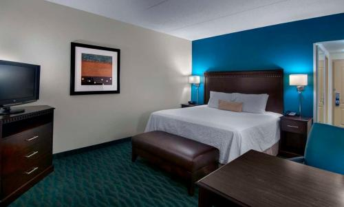 Hampton Inn & Suites Smithfield Photo