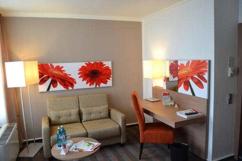 Ramada Hotel Frankfurt Messe photo 4