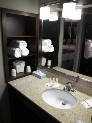 Ramada Rapid City Photo