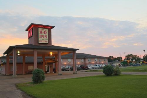 R&R Inn & Suites Photo
