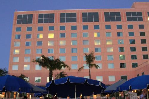 Moody Gardens Hotel Spa and Convention Center Photo