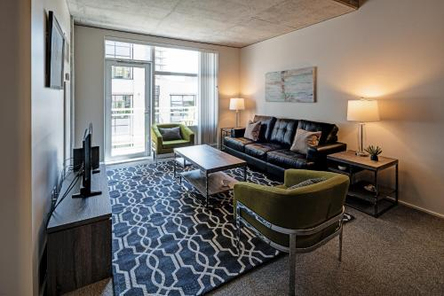 Northwest 12th Avenue Apartment by Stay Alfred Photo