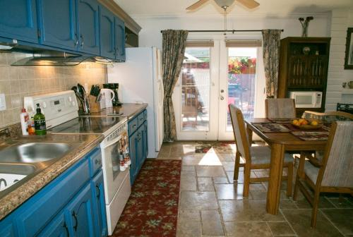 Family Holiday Home Sleeps 8 Photo