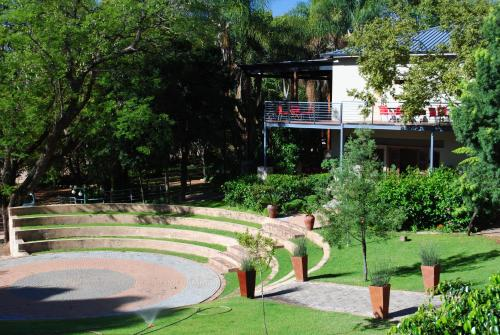 Willows Country Lodge Photo