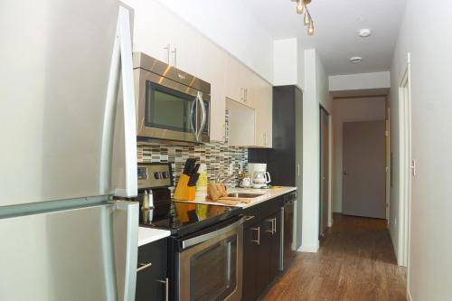 Luxe Apartment Downtown Seattle – Pioneer Square Photo