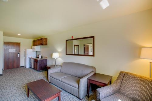 Cobblestone Inn and Suites Photo