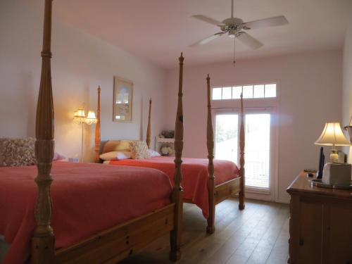 Highlands House Bed and Breakfast Photo