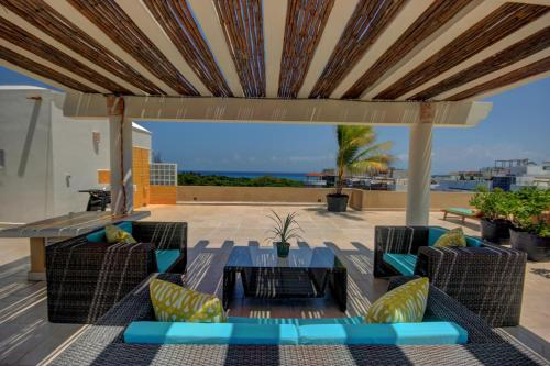 Riviera Maya Suites Photo