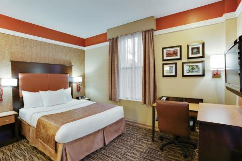La Quinta Inn & Suites Manhattan photo 8