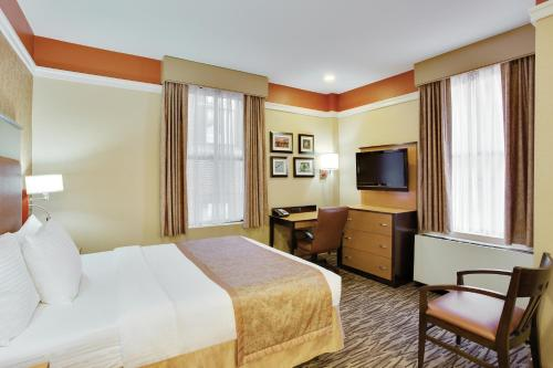 La Quinta Inn & Suites Manhattan photo 10