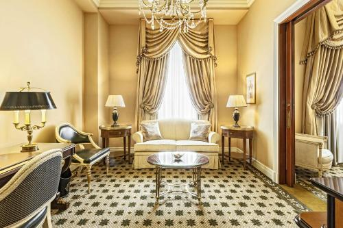 Hotel Grande Bretagne, a Luxury Collection Hotel photo 47