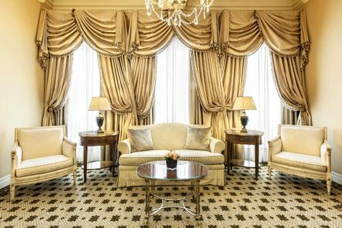 Hotel Grande Bretagne, a Luxury Collection Hotel photo 52