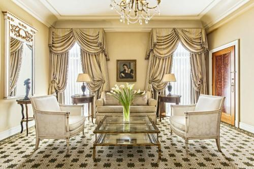 Hotel Grande Bretagne, a Luxury Collection Hotel photo 59